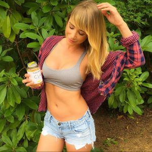 Image result for SARA JEAN UNDERWOOD ACTRESS
