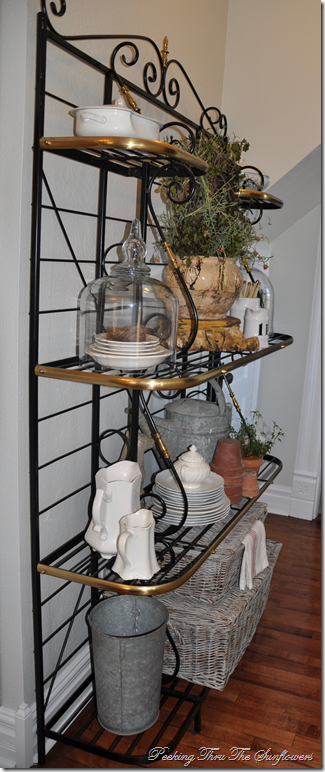 My Latest Find With Images Bakers Rack Decorating Decor