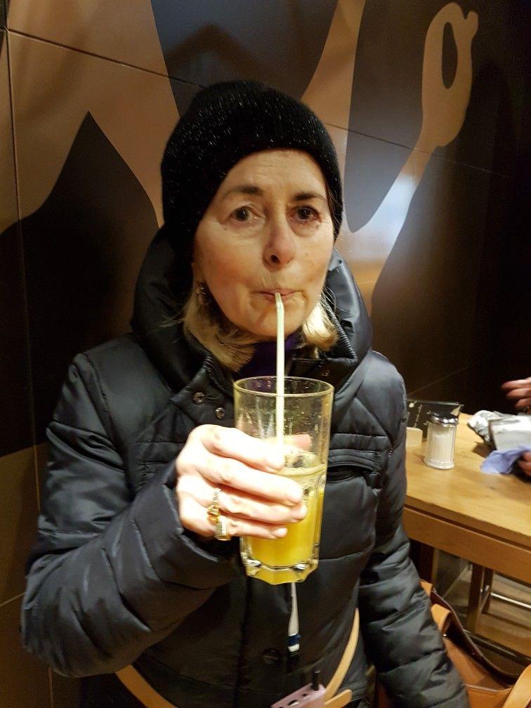 Ho tanta sete.....perche' nonostante il freddo ho camminato tanto