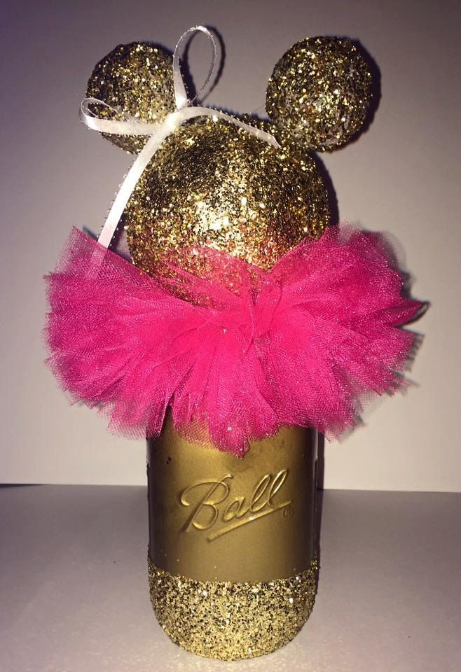 Gold or black glittery minnie mouse centerpiece
