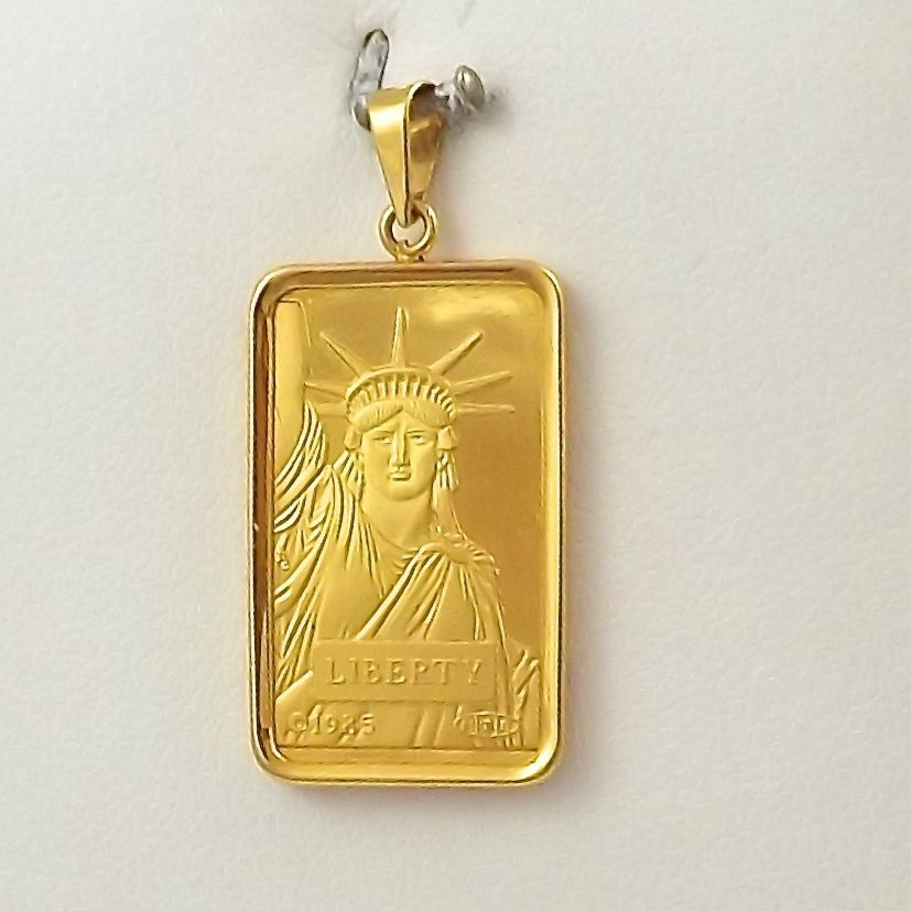 Credit Suisse 999 9 Gold Statue Of Liberty 10g Bar 14k Gold Frame Charm Pendant Gold Statue Gold Frame Charm Pendant