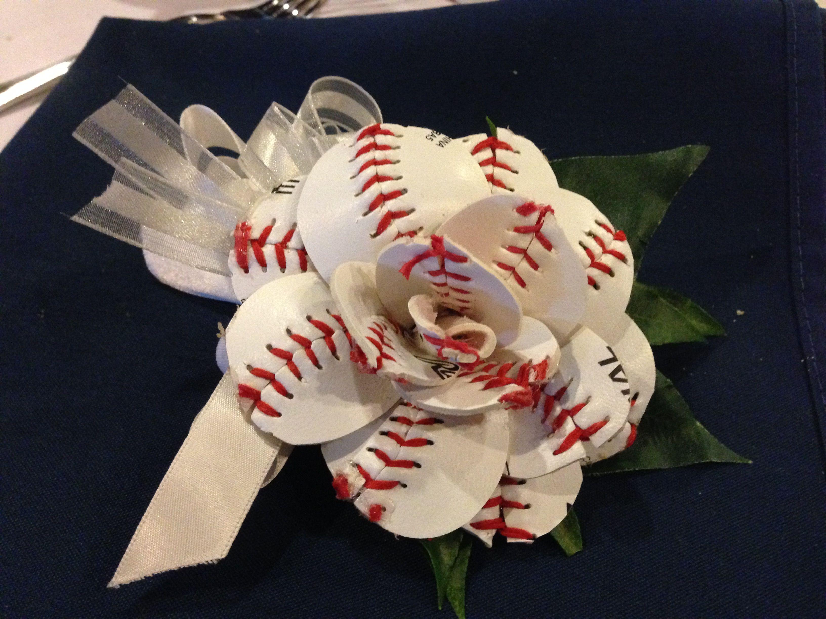 Baseball Sweetheat Boutonniere Fancy