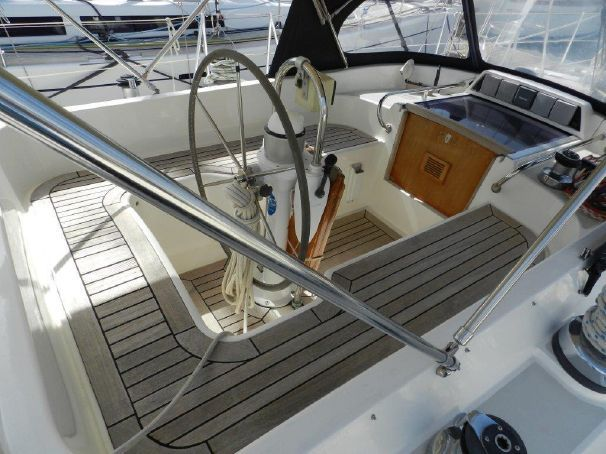 1991 Moody 425 Sail Boat For Sale - www.yachtworld.com