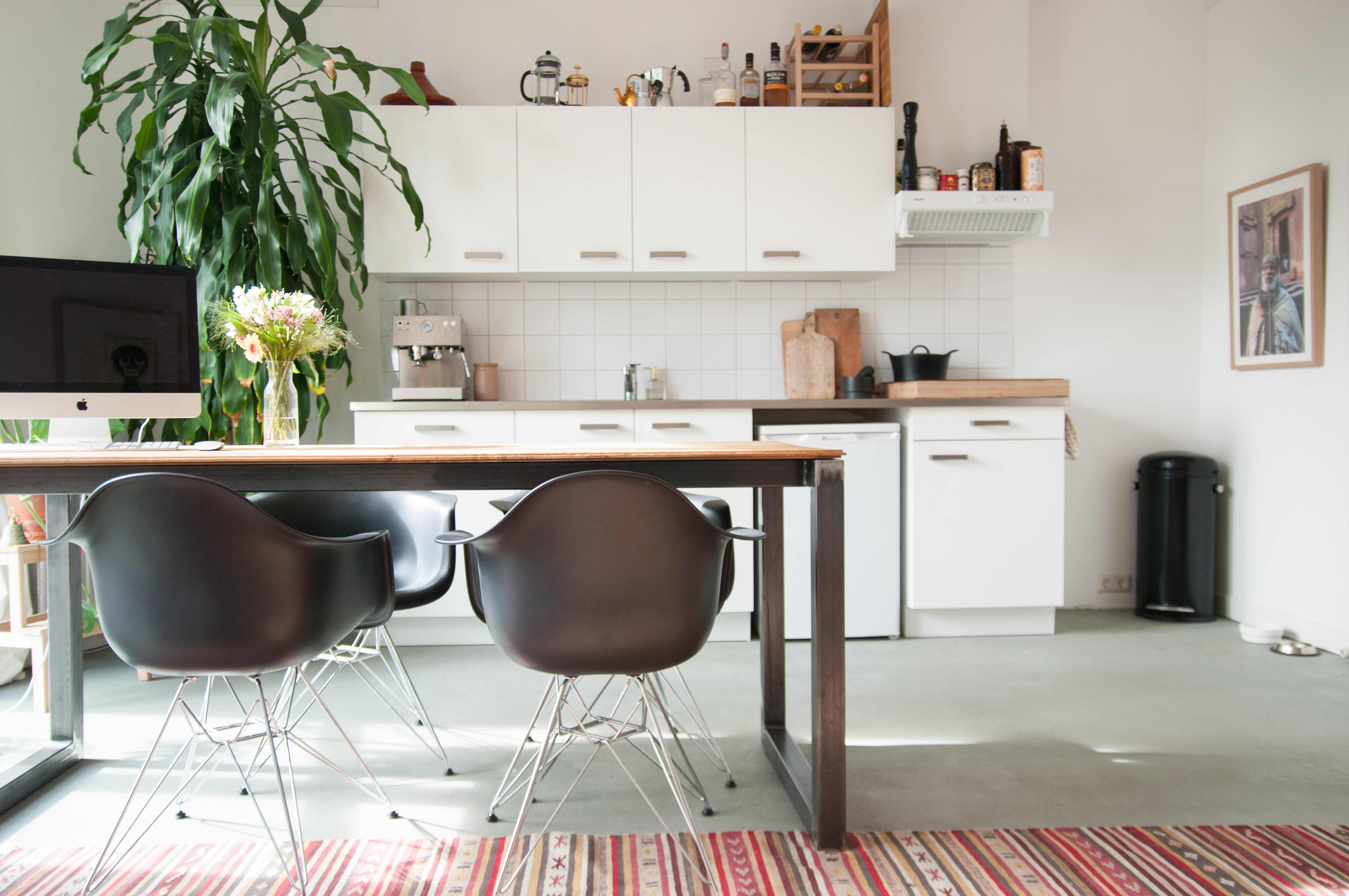 A Dutch Apartment That Will Fill You With Wanderlust