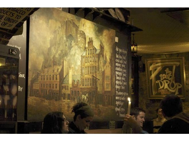 think large dramatic murals on walls to add interest
