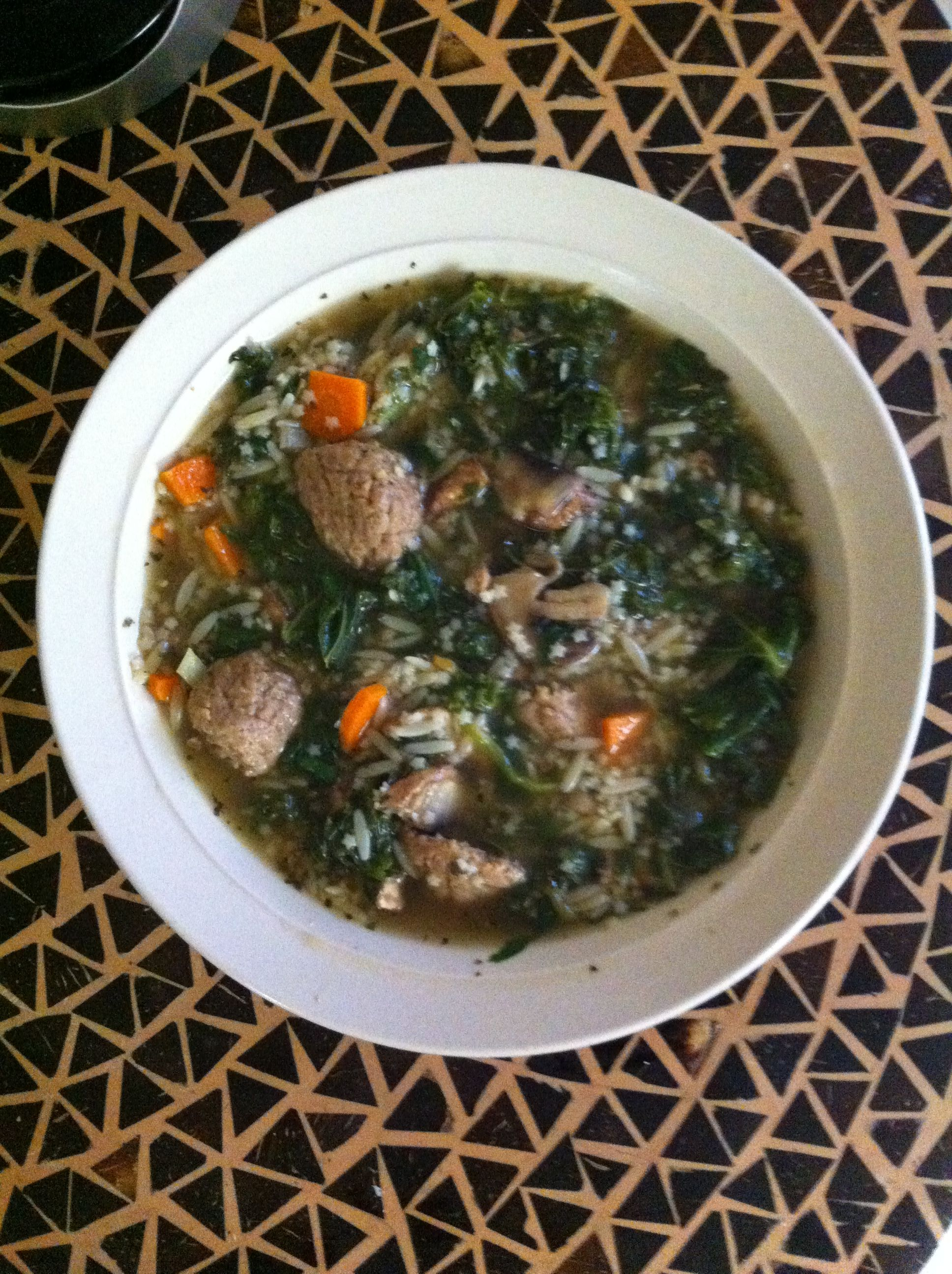 Vegetarian Italian wedding soup. 150 calories per serving