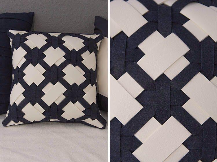 diy anleitung kissen aus filz und kunstleder mit diagonalem muster n hen via. Black Bedroom Furniture Sets. Home Design Ideas