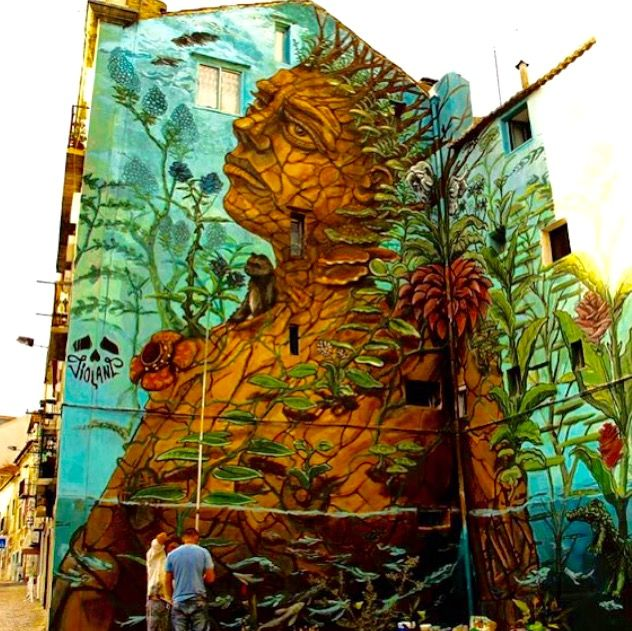 by Violant in Lisbon, Portugal (LP)