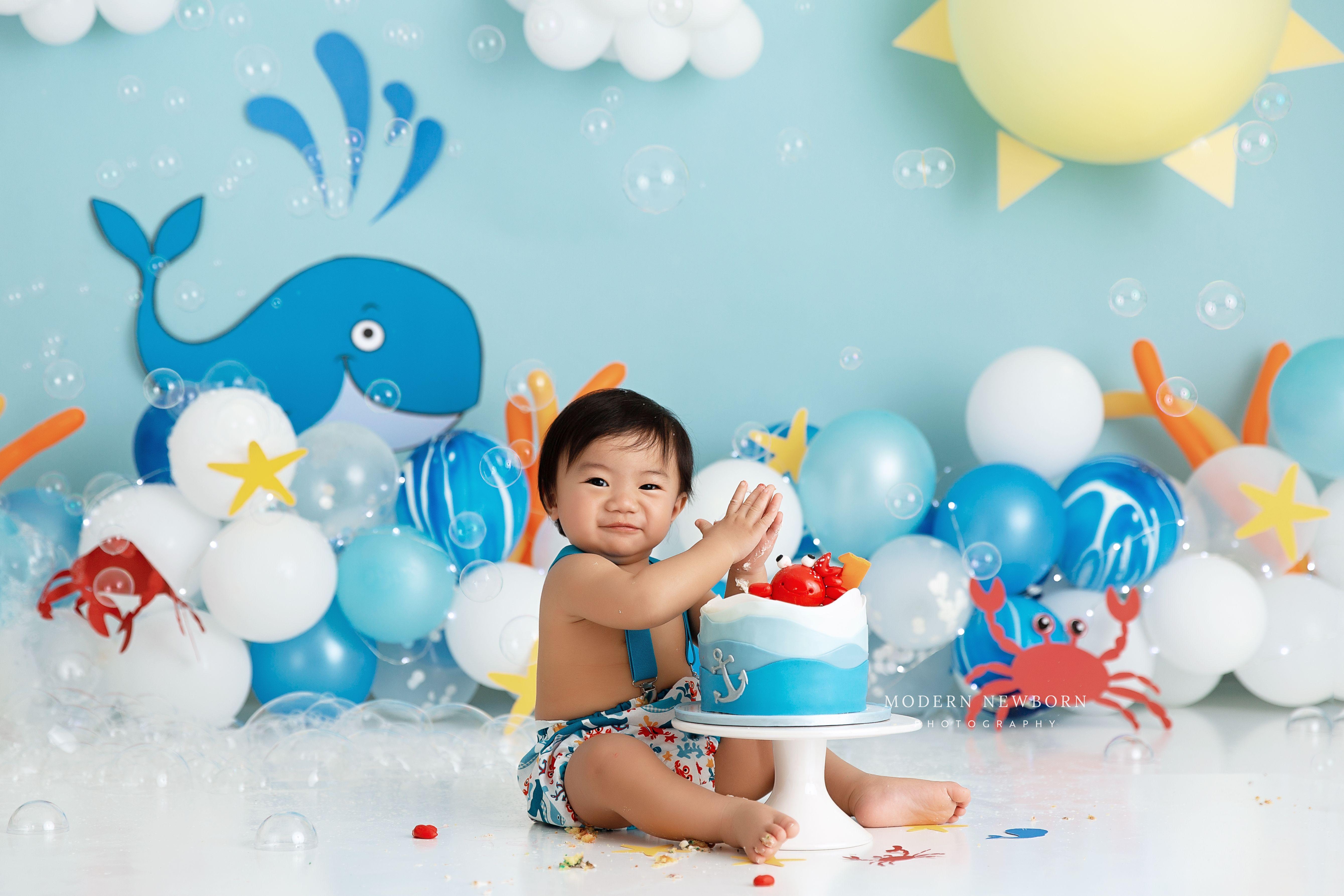 Balloon garland cake smash smash cake boy cake smash
