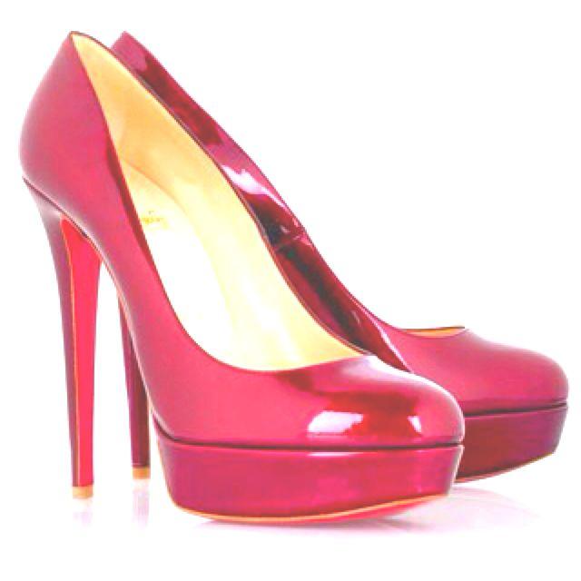 Omg!!!! Awesome heel alert!!!