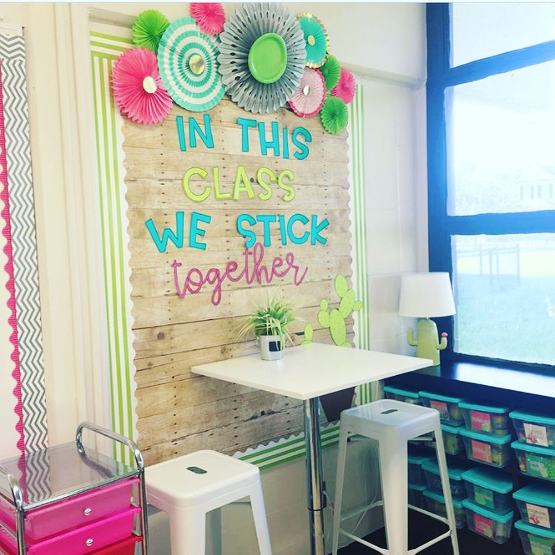 How completely gorgeous is @justbrittney33 's classroom?!?! Scroll to see how sh... -  How complete