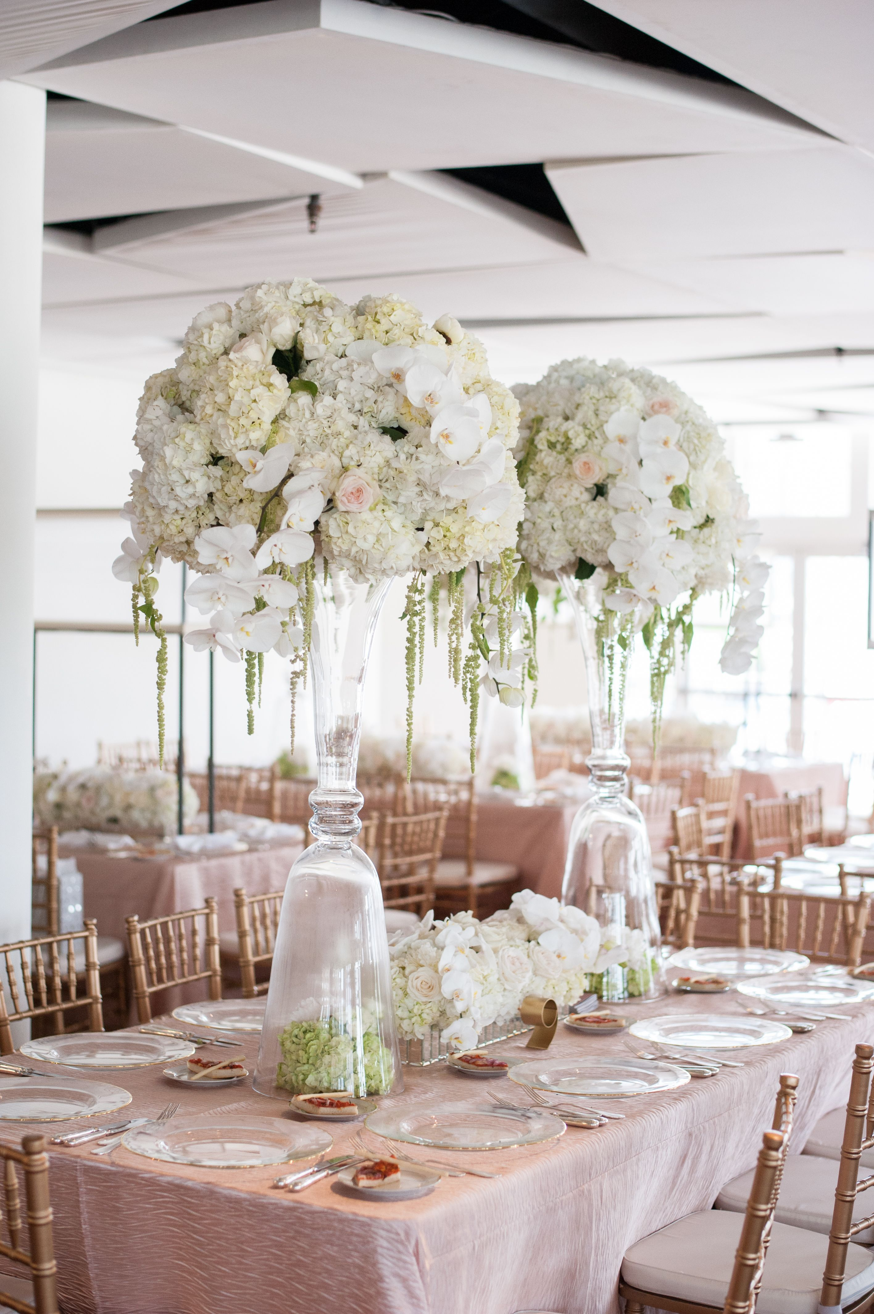 Modern Hydrangea and Rose Centerpiece in Clear Vases | tall ...