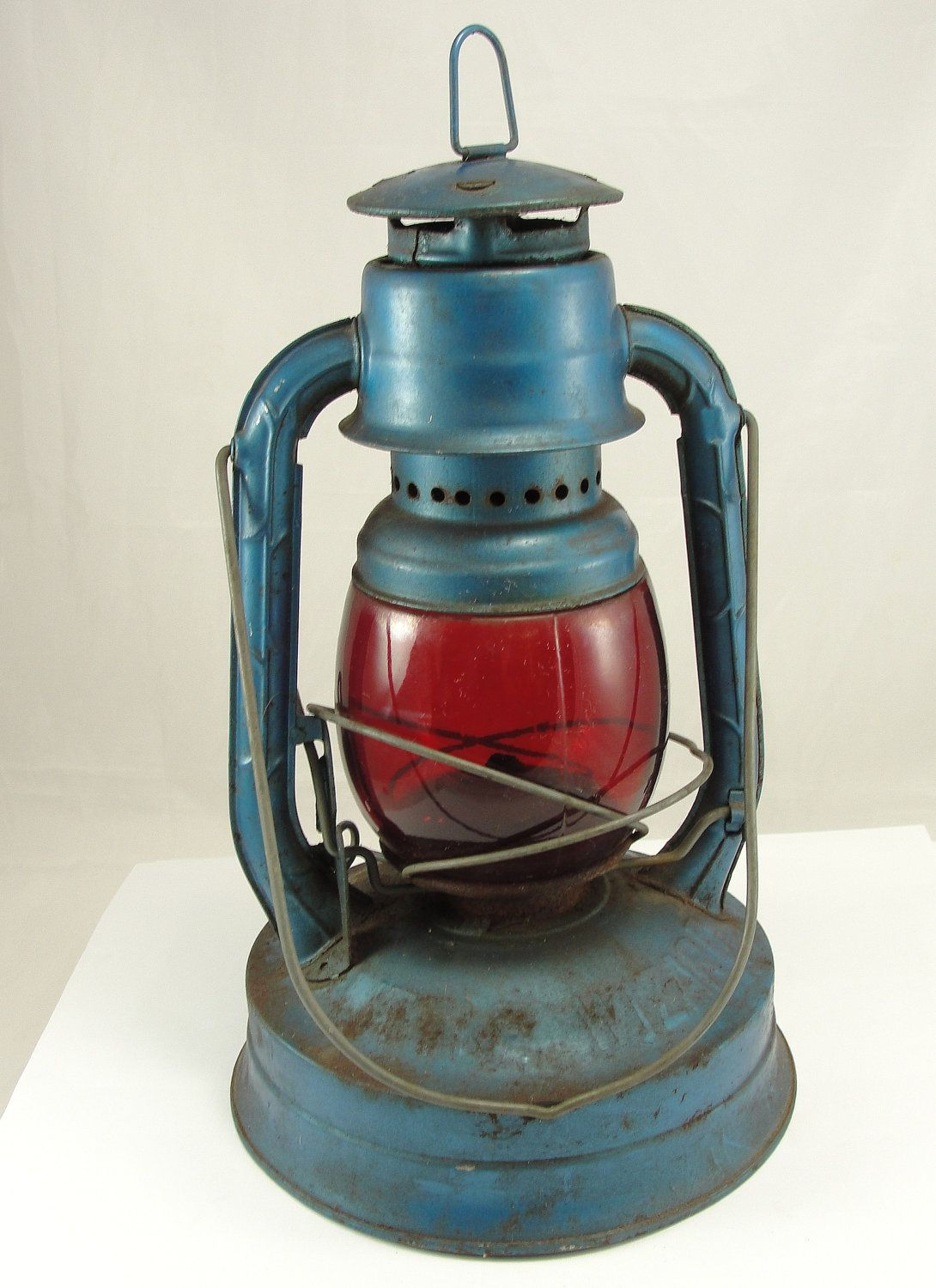 old kerosene lanterns for sale vintage dietz lantern railroad lantern kerosene blue red lens. Black Bedroom Furniture Sets. Home Design Ideas