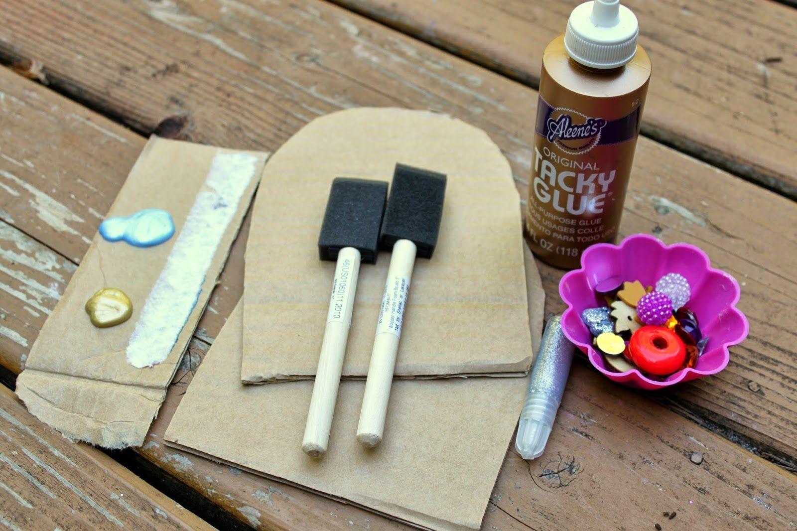 Make a simple fairy door with cardboard and art supplies for Fairy doors to make