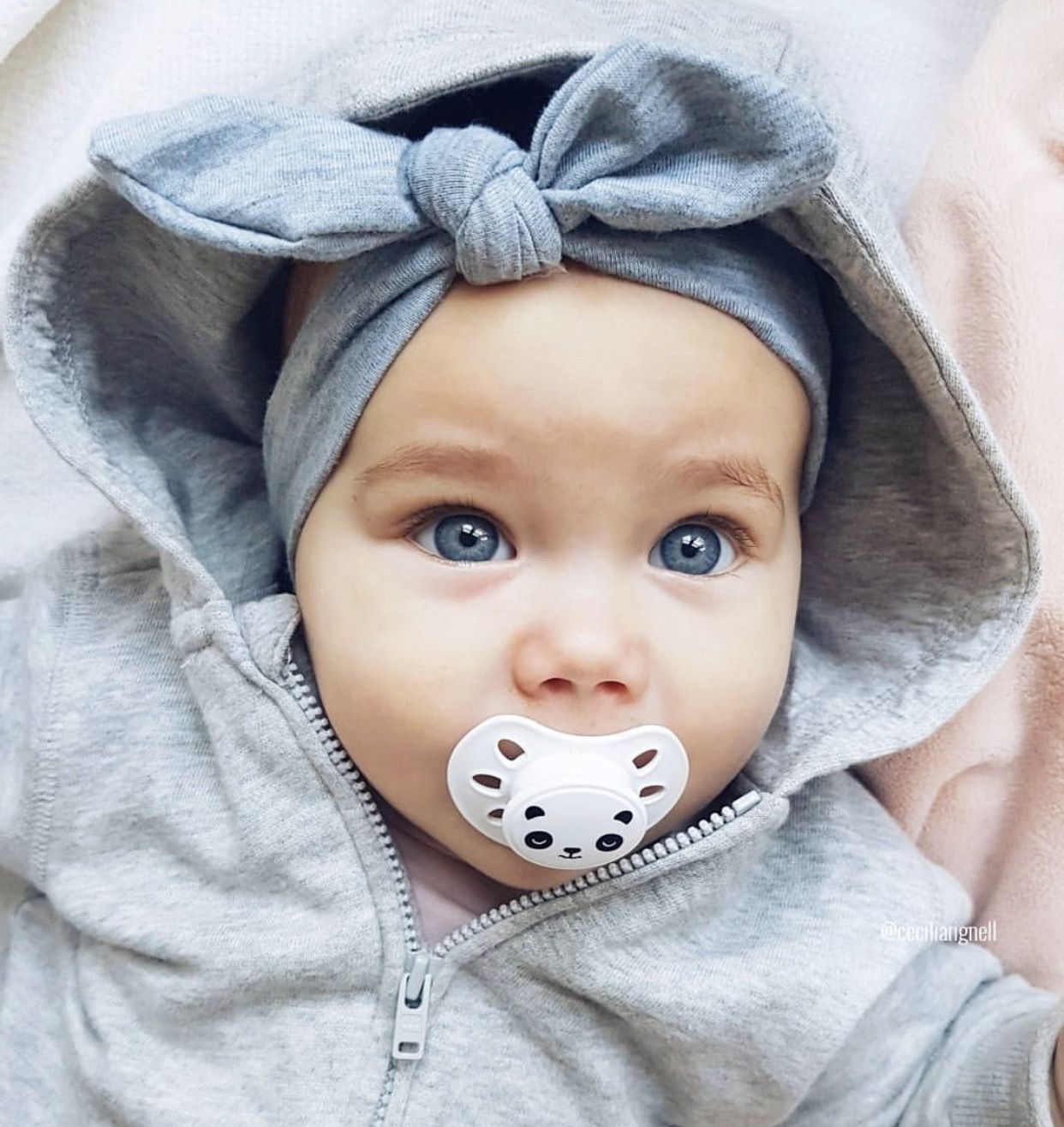 beautiful baby girl with amazing blue eyes | baby girl | pinterest