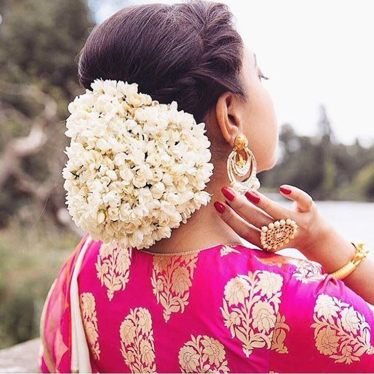 314 Likes 2 Comments Indian Outfit Wedding Ideas Desi Glam On Instagram Hair Full Of Bridal Hairstyle Indian Wedding Hair Style On Saree Bridal Hairdo