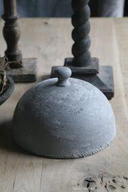 Sober en Stijl: Cloche en Kandelaar.....