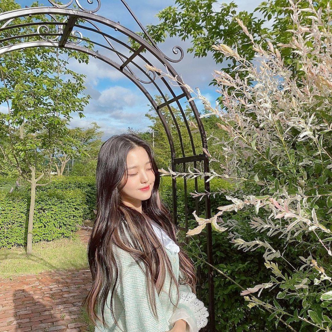 𝐁𝐔𝐁𝐁𝐋𝐄𝐁𝐀𝐁𝐈𝐄 di 2020 | Gadis korea, Selebritas, Fotografi