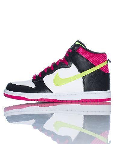 NIKE High top men's sneaker Siganture NIKE swoosh on sides of shoe Lace lock  closure Leather