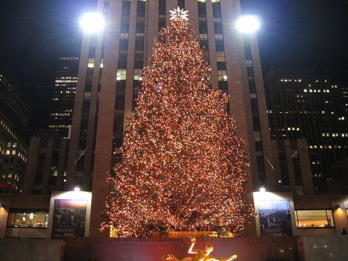 New York City At Christmastime Christmas Music Videos Favorite Christmas Songs Big Christmas Tree