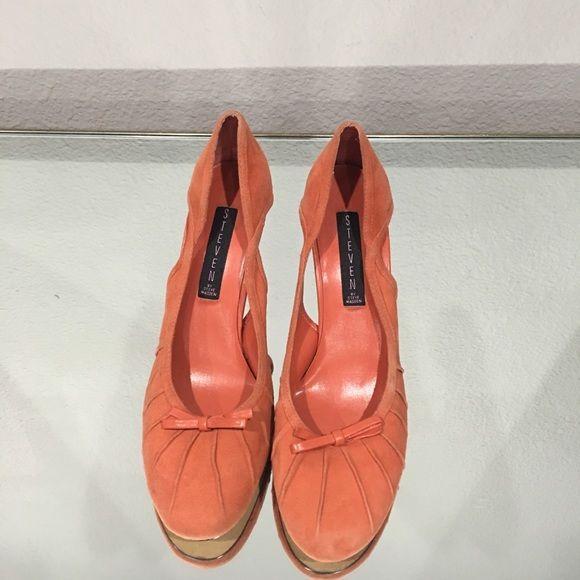 """Orange Steven by Steve Madden Heels Orange suede like Steven by Steve Madden Heels. Size 8 1/2 heel is about 3"""" Steven by Steve Madden Shoes Heels"""