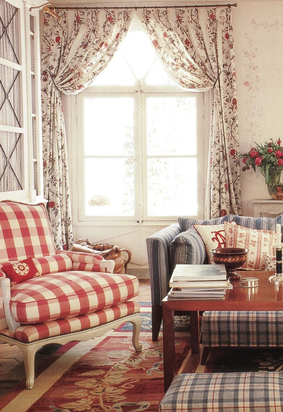 sweet scandi esque sitting room but still with the english country rh pinterest com