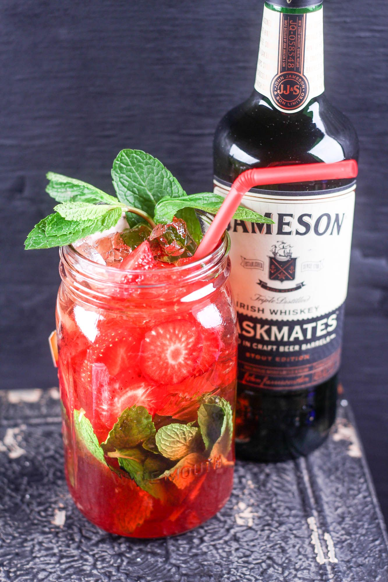 Photo of Recipe: How to Make Authentic Strawberry Whiskey Sweet Tea
