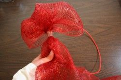 Photo of How to make a mesh ribbon wreath | Chica and Jo