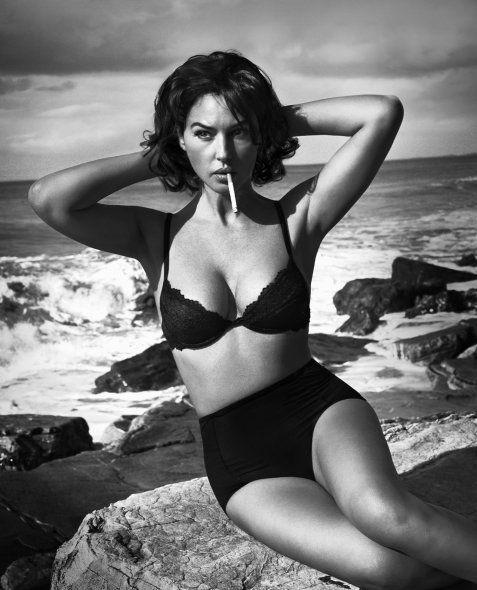 Monica Bellucci Nude Sex Scene