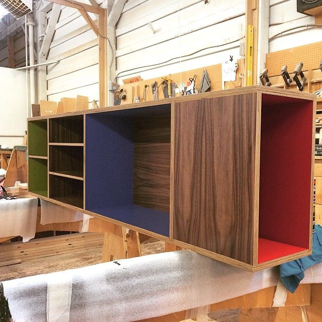 Walnut Plywood Wall-mounted Bookcase With Custom Color