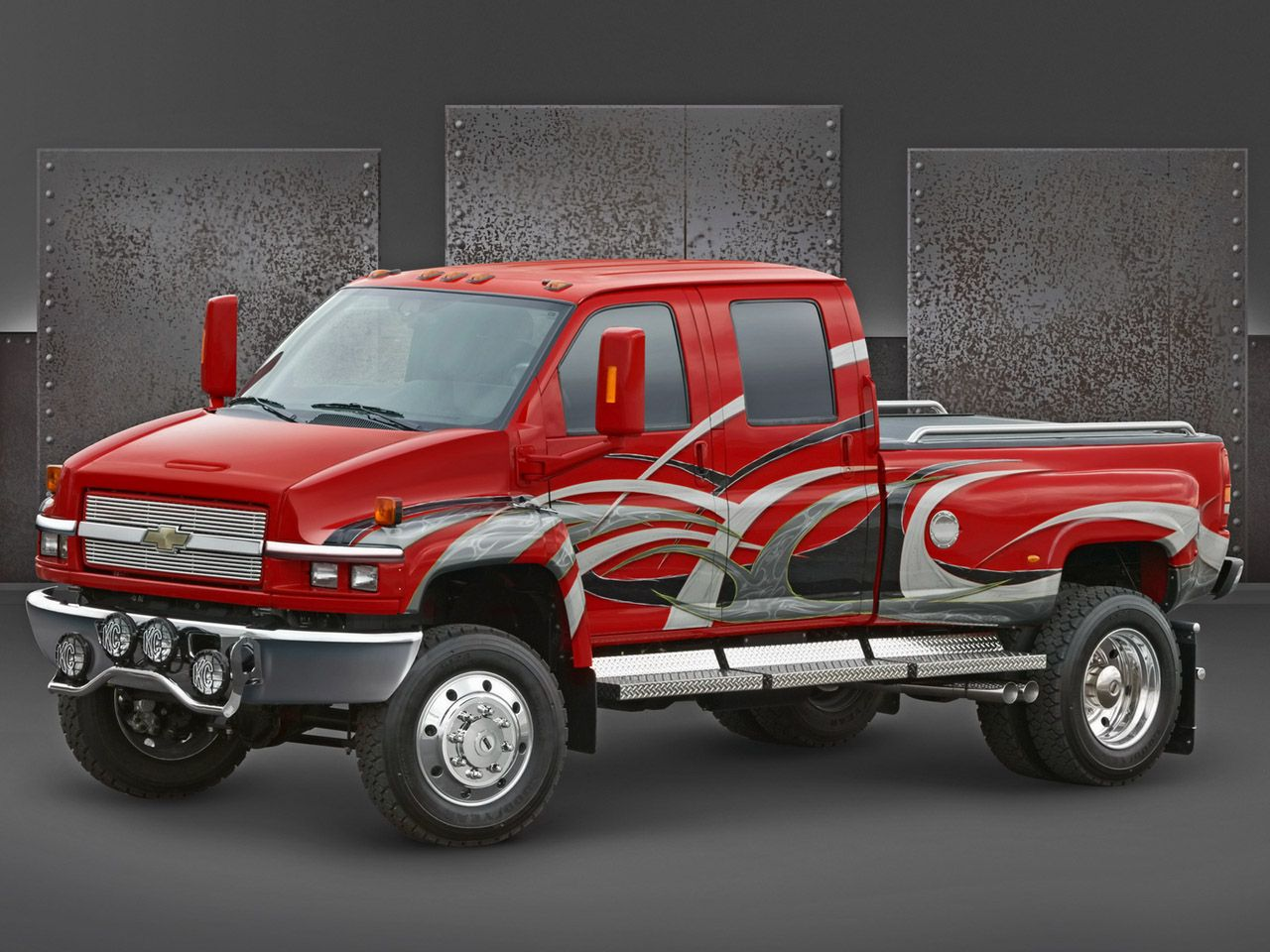 2005 chevrolet medium duty truck at sema side angle wallpaper