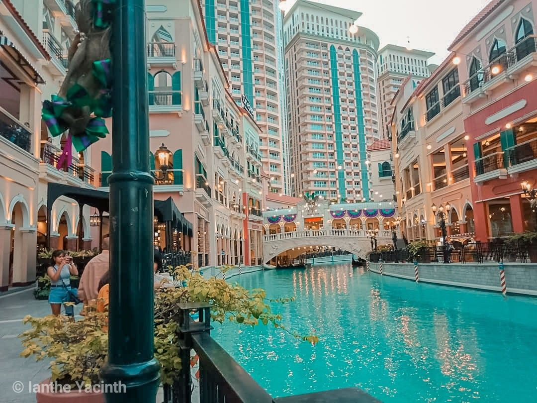 Venice Grand Canal Mall Mckinley Hills Taguig City Grand Canal Venice Philippines Travel Grand Canal