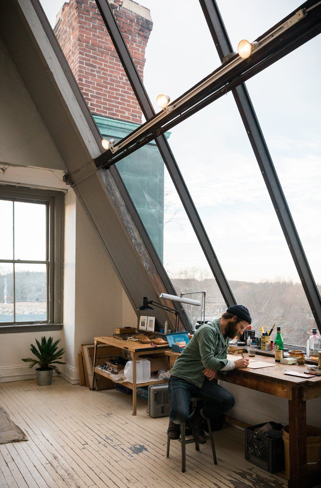 Best Office Photos from This Stunning Studio in Rhode Island Is a…
