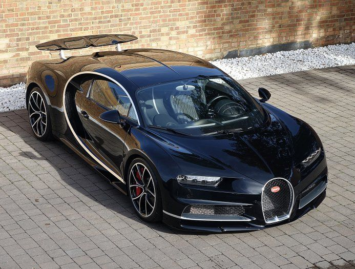 Freshly Delivered Bugatti Chiron For Sale In The Uk Carscoops Bugatti Chiron Bugatti Bugatti For Sale