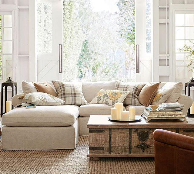 Budget Friendly Family Room The Budget Decorator Family Room Decorating Home Family Room
