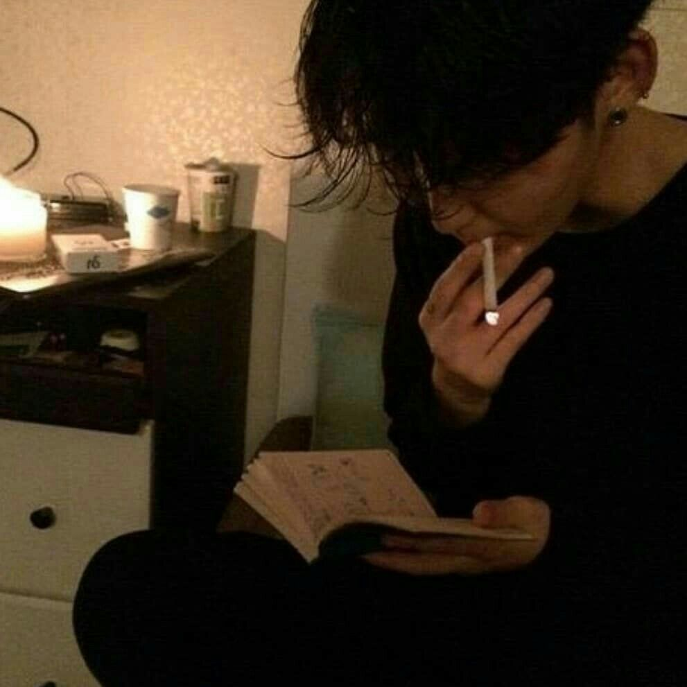 ulzzang 얼짱 boy smoke cute kawaii adorable korean pretty ...