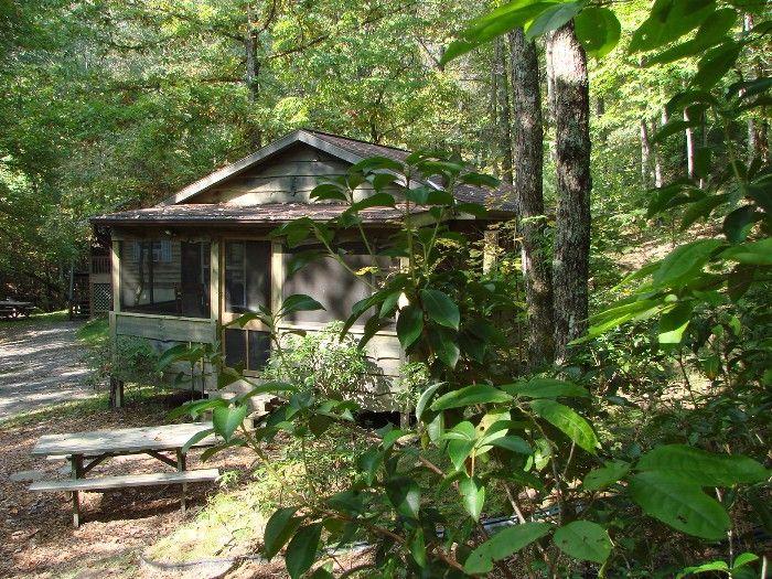 1 Bedroom Pet Friendly Cabin Near Waterfalls Nc Mountains Pet Friendly Cabins Image House Cabin