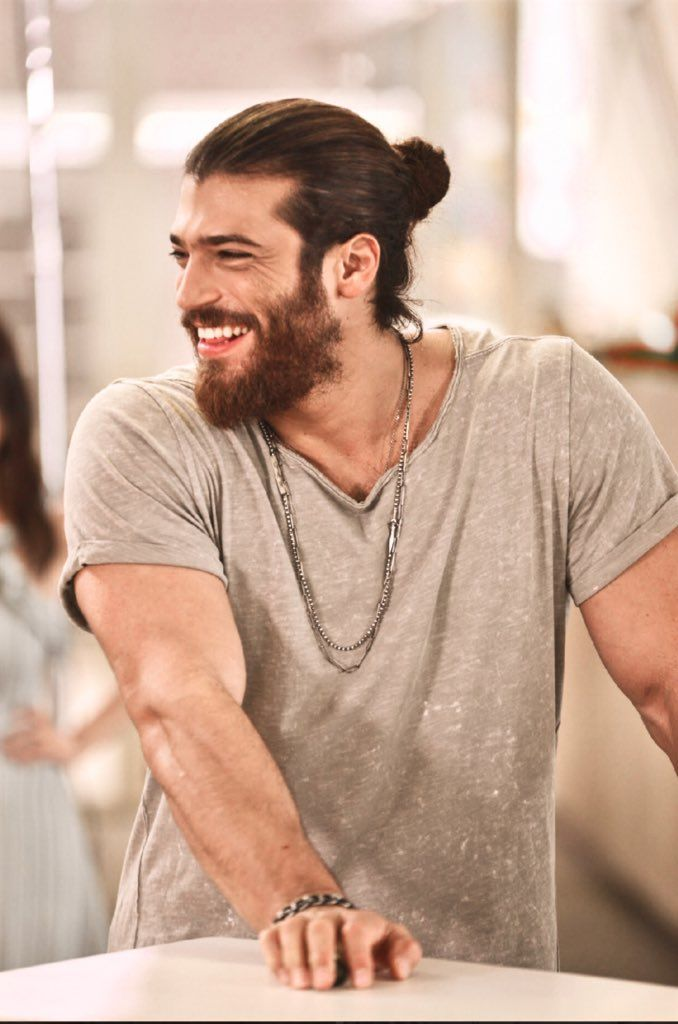 Can Yaman | Can Yaman - 2018 em 2019 | Canning, Hot actors e Handsome actors