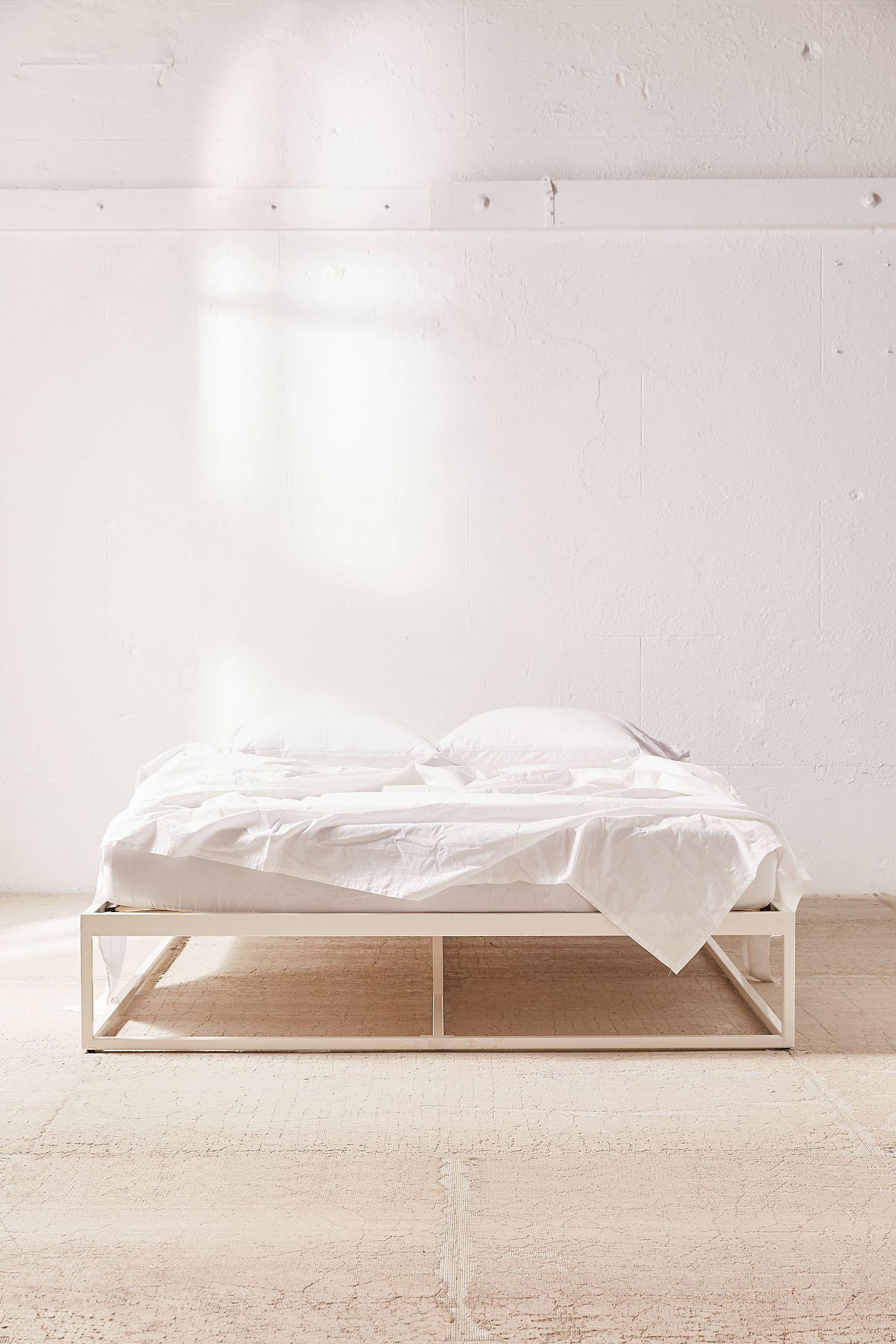 Minimal Platform Bed Frame In 2020 Furniture Design Platform Bed Frame Bedroom Furniture