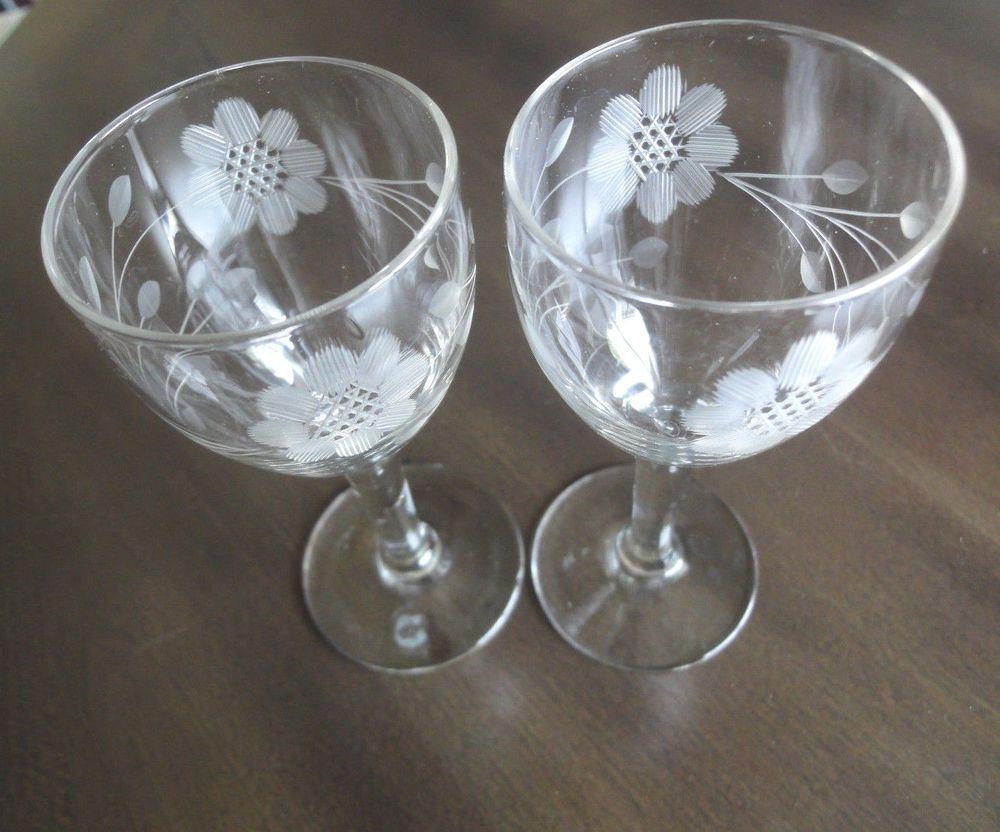 Stemware Etched Wine Glasses 2 Etched Floral Design Vintage Etched Wine Glasses Stemware Wine Glasses