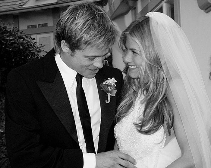 The 10 Best Celebrity Weddings Jennifer Aniston Wedding Jennifer Aniston Wedding Dress Celebrity Wedding Photos