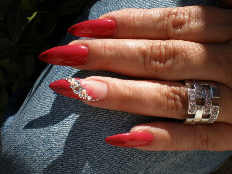 rot nail art strass bling bling nail art pinterest. Black Bedroom Furniture Sets. Home Design Ideas