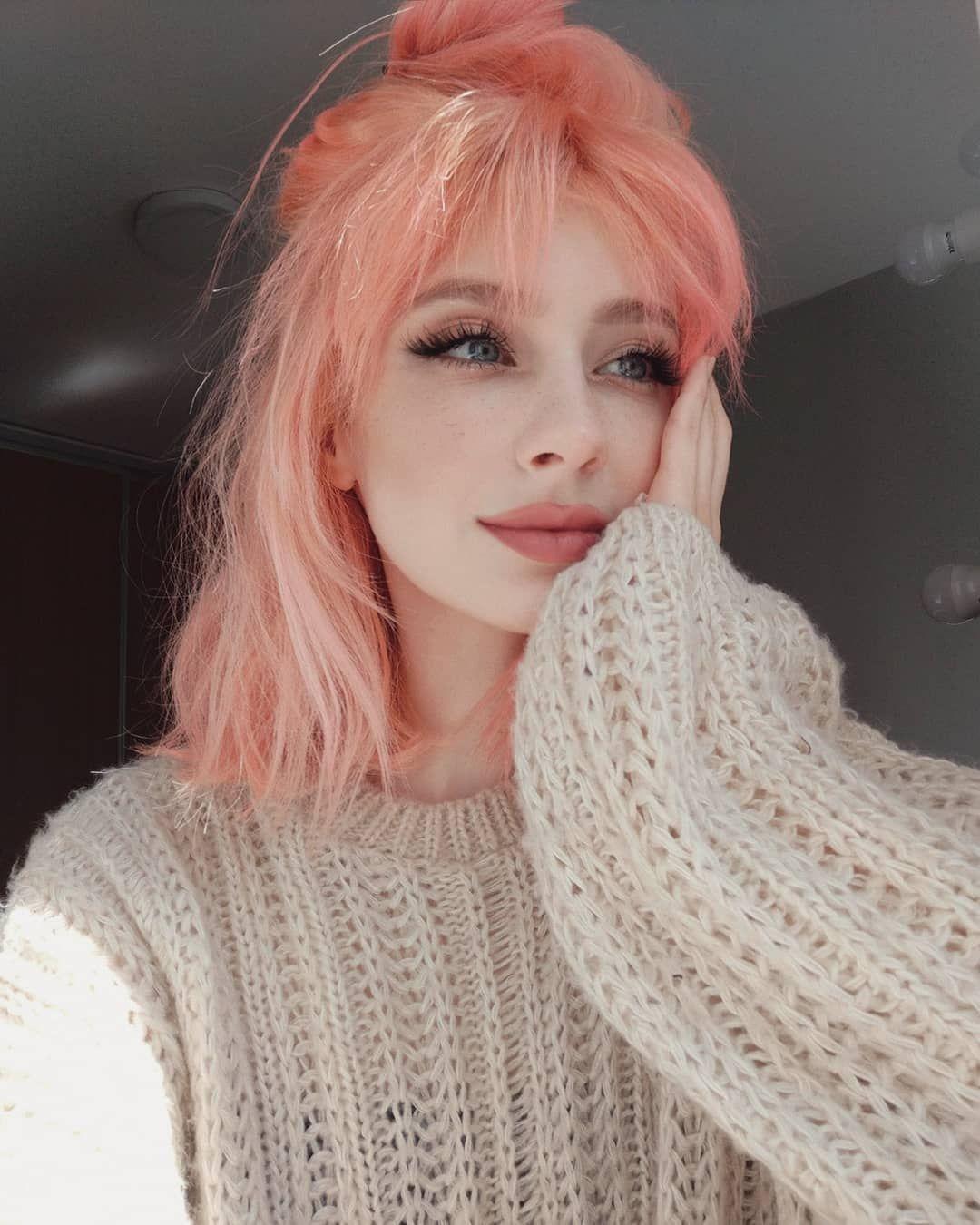 Pink Pinkhair Pinkhairstyle Pinkhairstyles Pink Hair Pink Hair Streaks Pink Hair Highlights Pink Hair Aesth In 2020 Peach Hair Bright Pink Hair Light Pink Hair