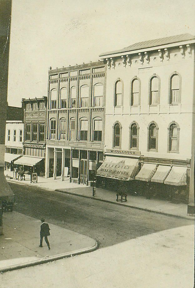 Franklin McCollough Drug Store, Jefferson St. in Franklin