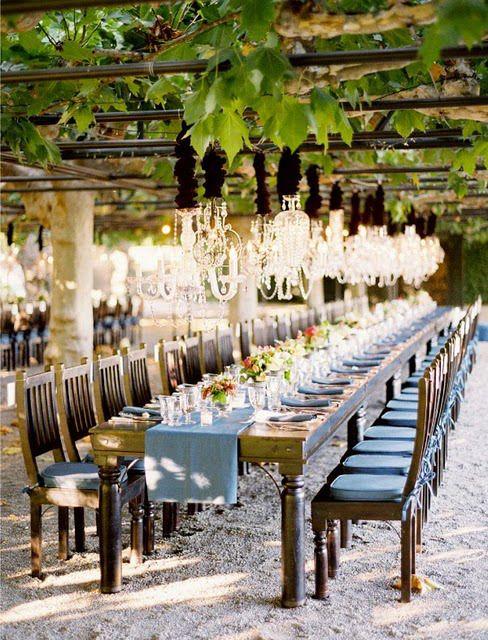 vineyard wedding... I wish Canada's vineyards had an awesome set up like this :(