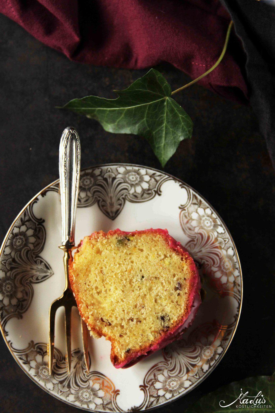 Duftiger Gugelhupf mit Rose & Hibiskus  Gugelhupf, Kuchen und