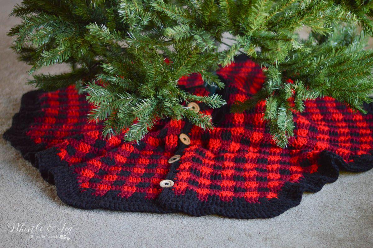 Crochet Plaid Tree Skirt | Bernat softee chunky, Holiday crochet and ...