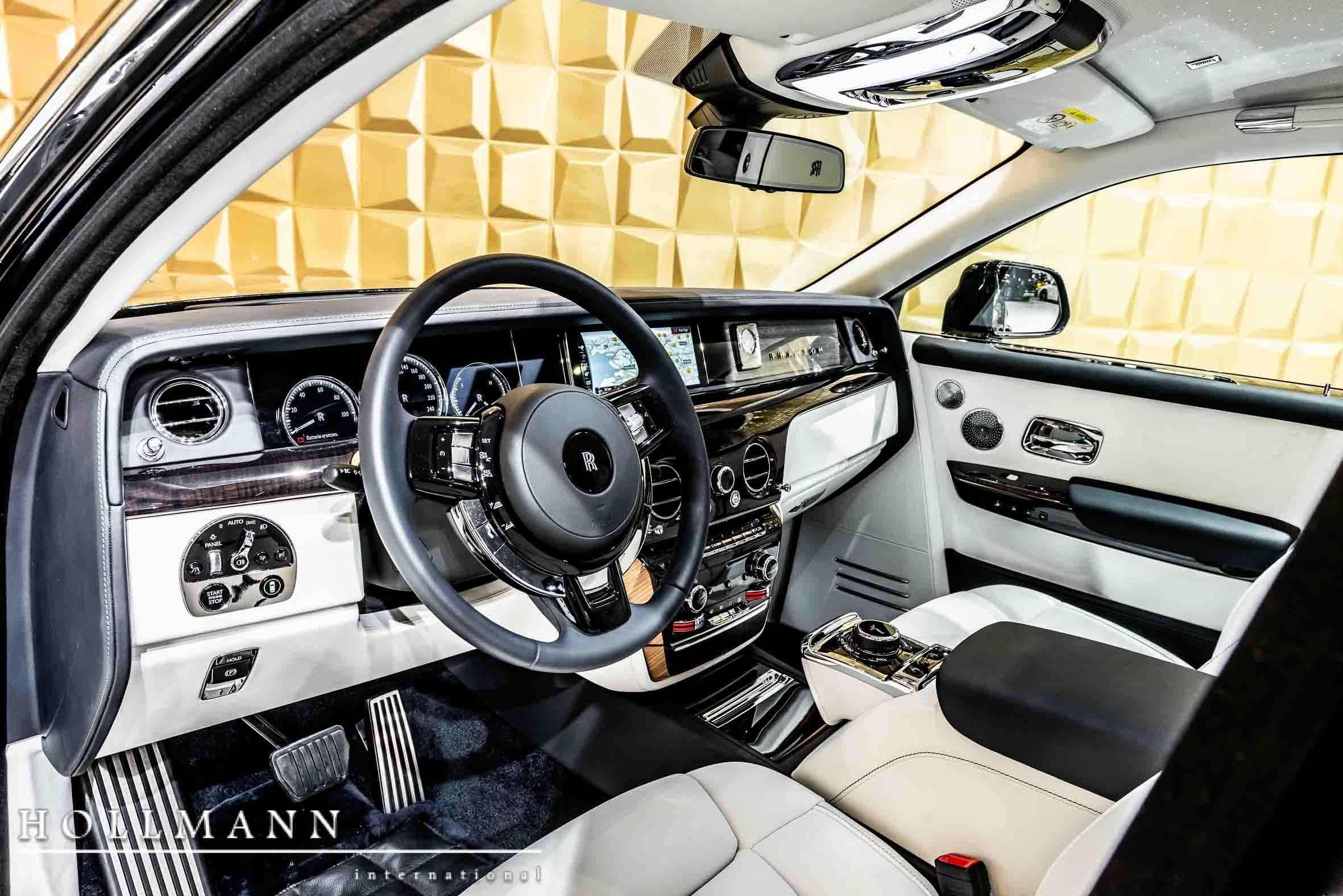 RollsRoyce Phantom VIII Luxury Pulse Cars Germany