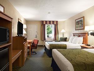 Enjoy Free Breakfast And Wifi At The Days Inn Suites Stuttgart In Ar Save With Wyndham Rewards Award Winning Hotel Program