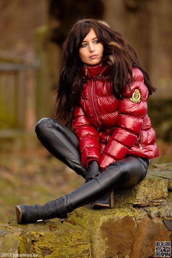 Pin auf Puff Jacket Moncler Milf Woman